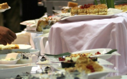 Buffet table healthy eating tactics!